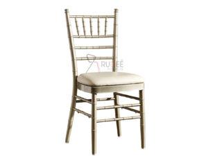 chiavari เก้าอี้ชิวารี เสริมเบาะ
