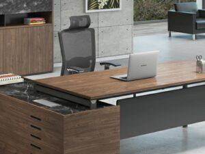 โต๊ะผู้บริหารExecutive Desk 2.3/2.1เมตร Muki Series